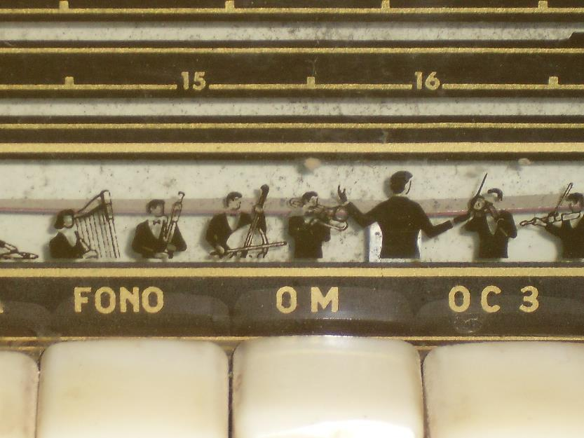 Mueble radio-tocadiscos antiguo