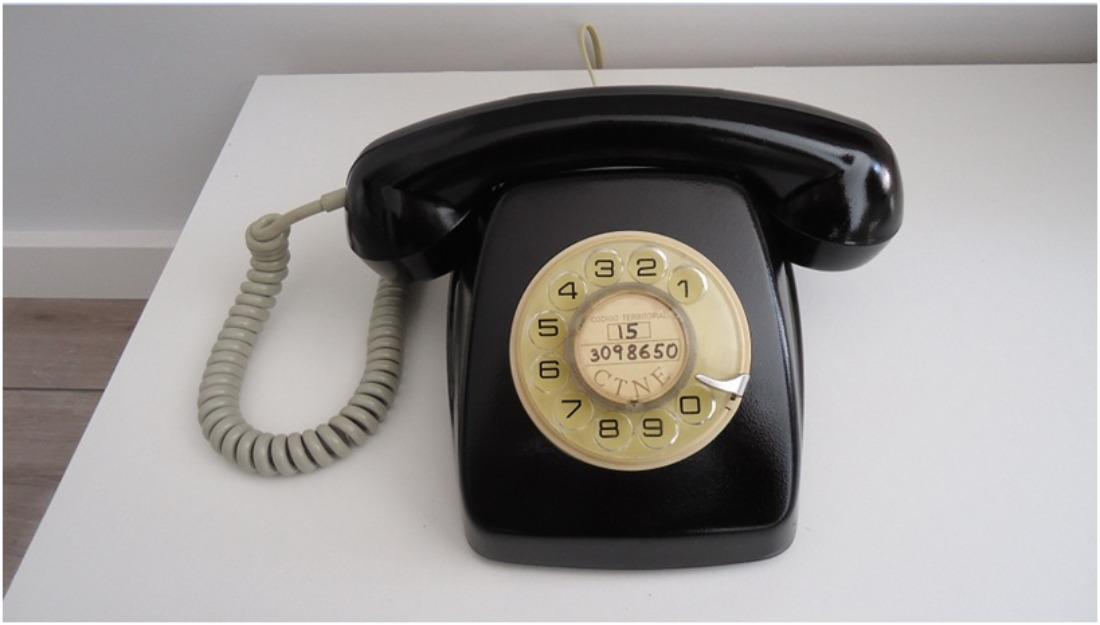telefono antiguo heraldo vintage retro coleccion