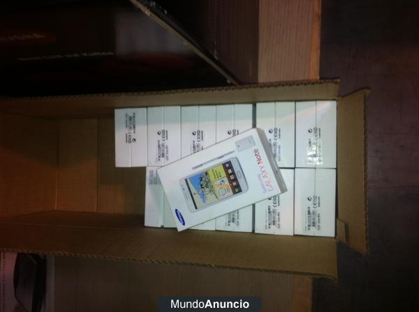 Samsung Note 7000 solo 450€ unidad  libre de origen