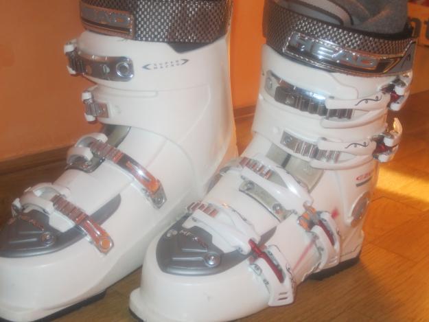 Botas ski ezon2 7 woman + funda völk