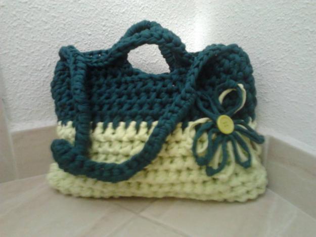 Bolsos artesanales de trapillos
