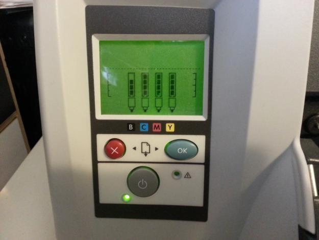 Impresora Hp 111 A1 + de rollo. Como nueva.