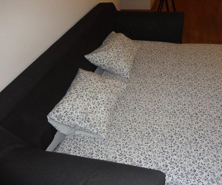 Sofa cama Ikea en buen estado
