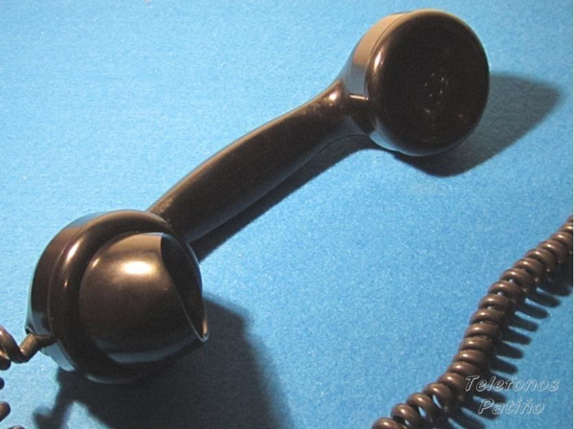 Telefono antiguo danés de sobremesa