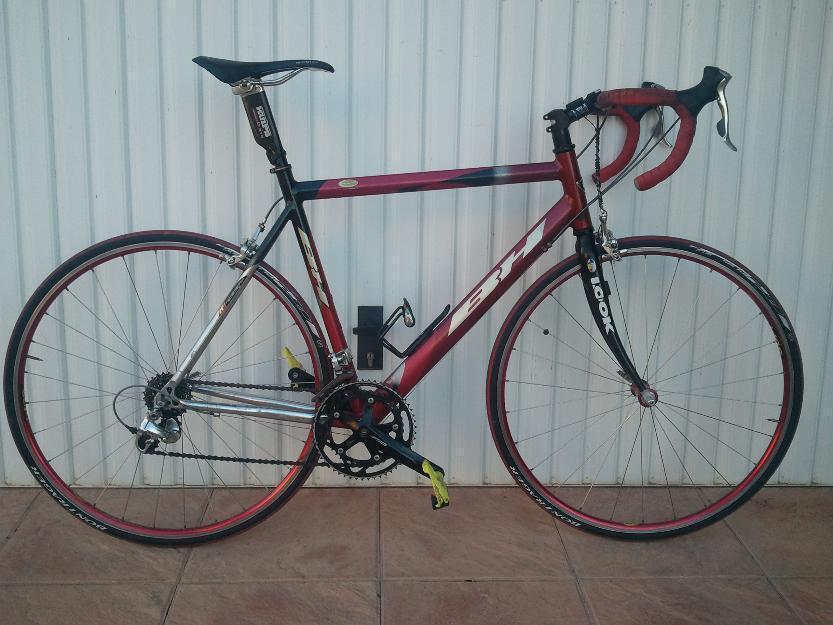 Se vende bici de carretera BH