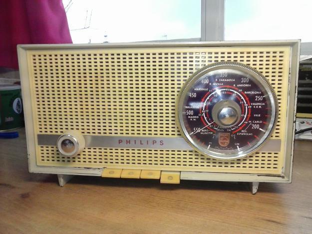 RADIO PHILIPS B2E 14A.